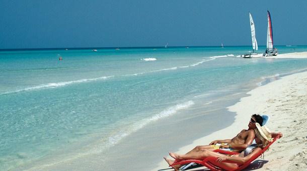 Descansando en la playa de Varadero