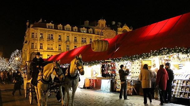 Mercadillos de navidad en praga catai tours - Mercadillos de navidad ...