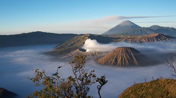 Volcanes de java y bali catai tours - Artesania de indonesia ...