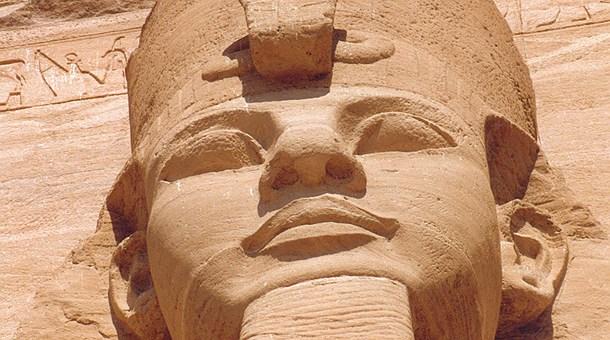 Ramsés II, Abu Simbel