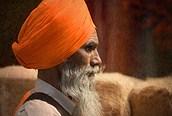 Hombre con el característico turbante indio