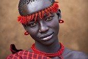 Mujer de la Tribu del río Omo