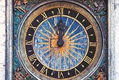 Reloj en Tallin