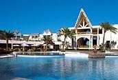 The Residence, Mauricio
