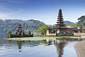 Típica construcción de los templos balineses