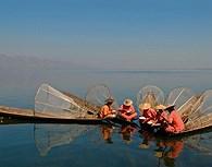 Reunion de pescadores, Lago Inle